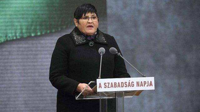 Одну з лідерок угорської громади Закарпаття допитали в СБУ