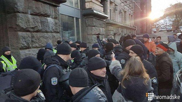 Поліція у Києві затримала помічника Надії Савченко