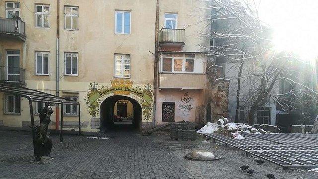 «Королівська пивоварня» облаштовує черговий майданчик у центрі Львова