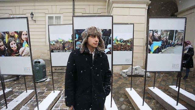 У річницю Революції Гідності у Львові відбувся поетичний марафон «Вірші Майдану»
