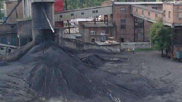 Працівники Держпраці виявили понад три сотні порушень під час перевірки на шахті «Надія»