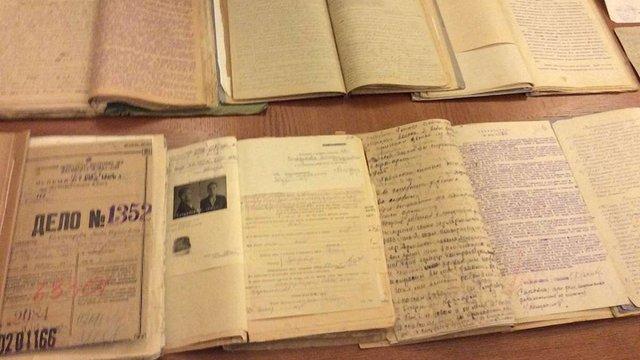 Україна надала Польщі майже 60 тис. документів про радянські репресії щодо поляків