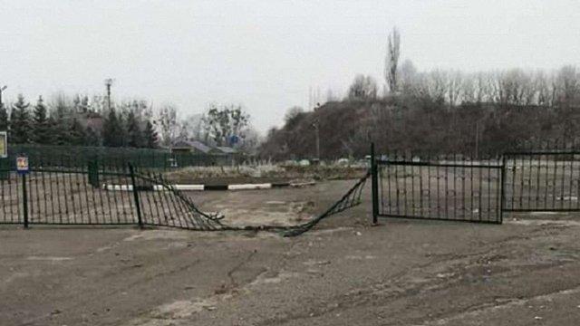 На Волині контрабандисти бусом протаранили паркан у пункті пропуску «Устилуг»
