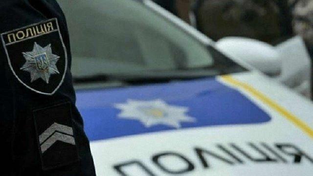 Львів'янин викликав поліцію через конфлікт із власницею квартири і сам потрапив до відділку