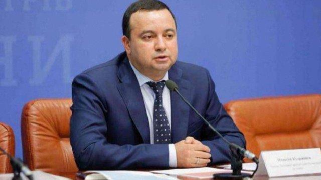 Депутати масово відкликають свої підписи на підтримку голови ДАБІ Кудрявцева
