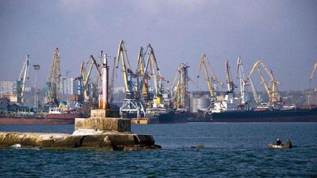 Росія повністю заблокувала українські порти Маріуполь і Бердянськ