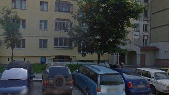 Унаслідок пожежі в квартирі на Сихові загинула 61-річна власниця