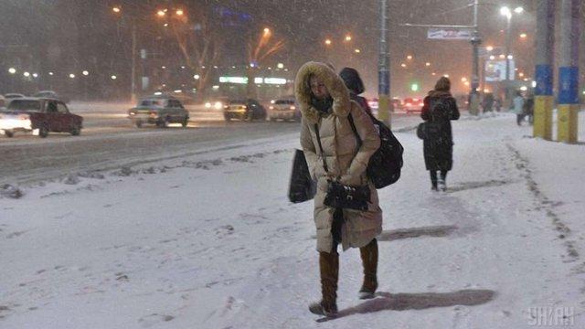 До України рухається циклон зі снігом і штормовим вітром