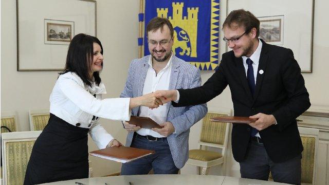 Львівська мерія підписала меморандум про співпрацю з групою канадських інноваційних компаній
