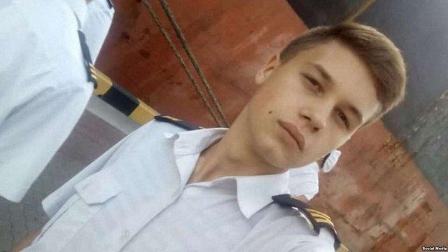 Наймолодший полонений український моряк домігся, щоб у СІЗО йому відключили «Русское радио»