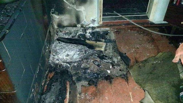 На Яворівщині внаслідок пожежі у приватному будинку загинув 77-річний власник