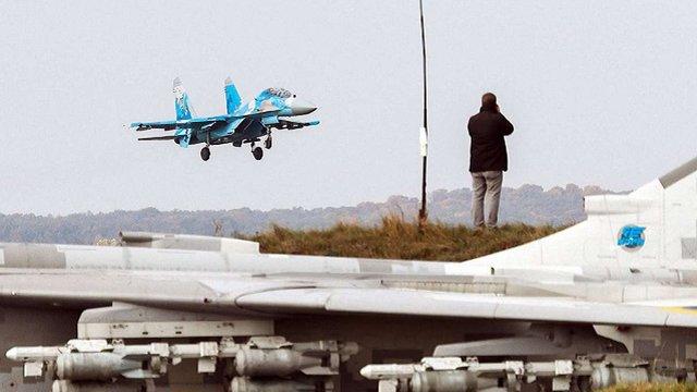 З'явились подробиці катастрофи винищувача Су-27 на Житомирщині