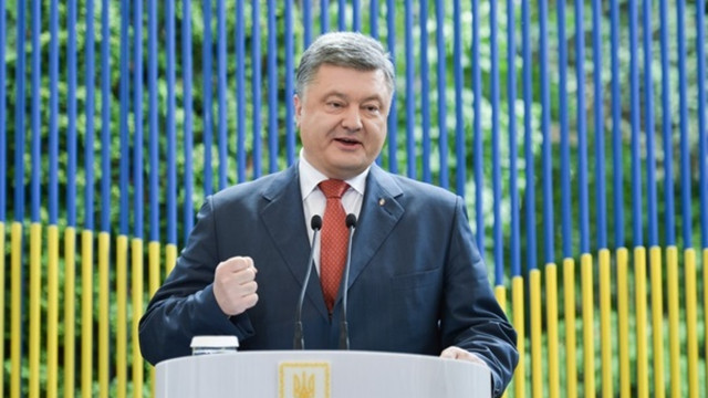 Порошенко розповів, що до 1997 року не говорив українською мовою