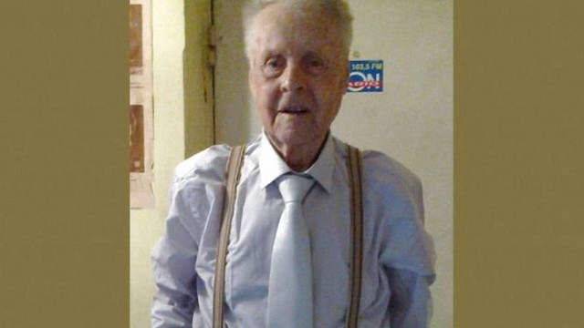 Внаслідок пожежі у Тернополі загинув 97-річний актор Петро Ластівка