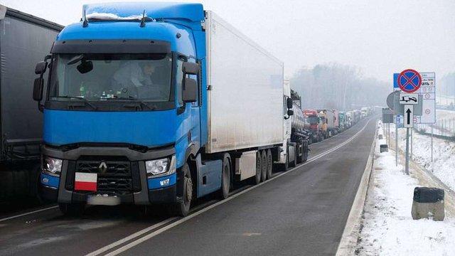 У Корчовій запровадили нову схему митного оформлення вантажних автомоблів