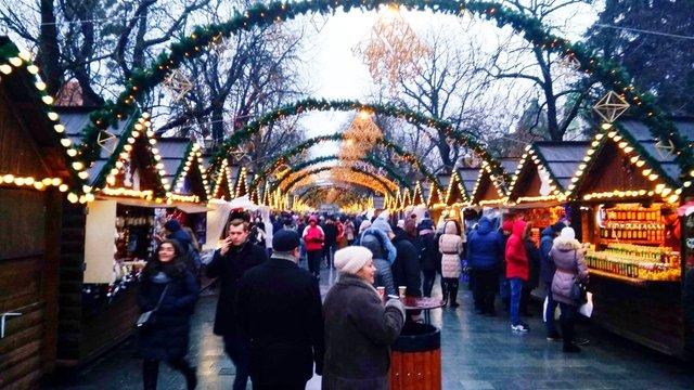 У Львові оголосили умови відновлення роботи різдвяного ярмарку