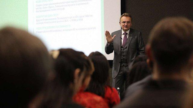 Пріоритетним напрямом розвитку Львова у 2019 році міський голова називає освіту
