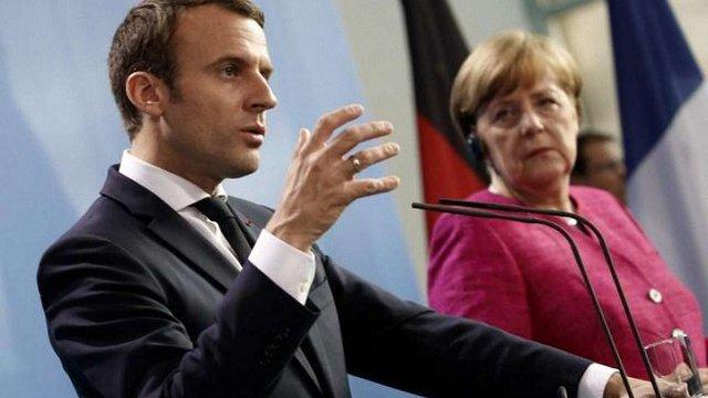 Меркель і Макрон закликали Путіна звільнити українських моряків