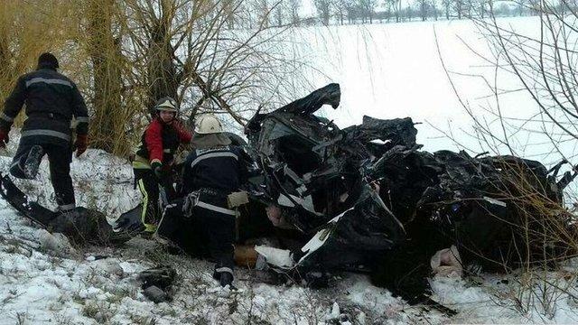 Восьмеро людей загинули в автокатастрофі на Миколаївщині