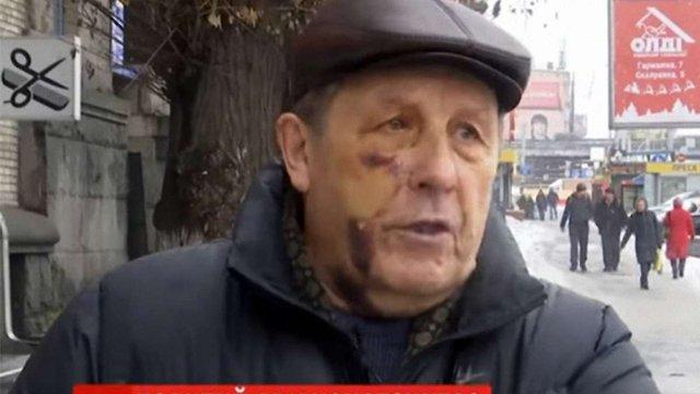 Київських поліцейських обвинувачують у побитті 81-річного авіаконструктора