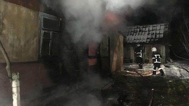 На Рівненщині під час пожежі у житловому будинку згоріли двоє чоловіків