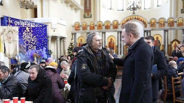 У Львові відбувся традиційний різдвяний обід для потребуючих