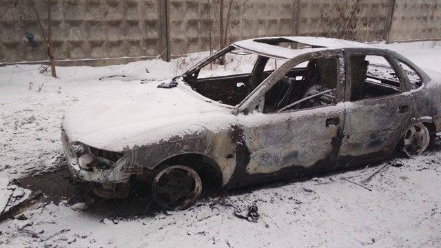 Вночі у Червонограді згорів автомобіль Оpel