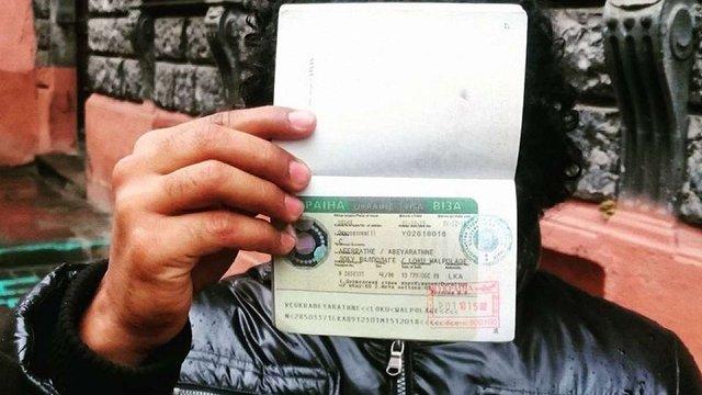 Посольство України в Мексиці звинуватили у вимаганні грошей під час оформлення віз, – ЗМІ