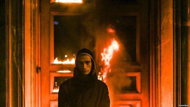 В Парижі почався суд над російським художником Петром Павленським