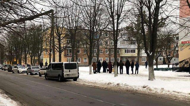 Невідомий завдав смертельне поранення в шию мешканцю Червонограда