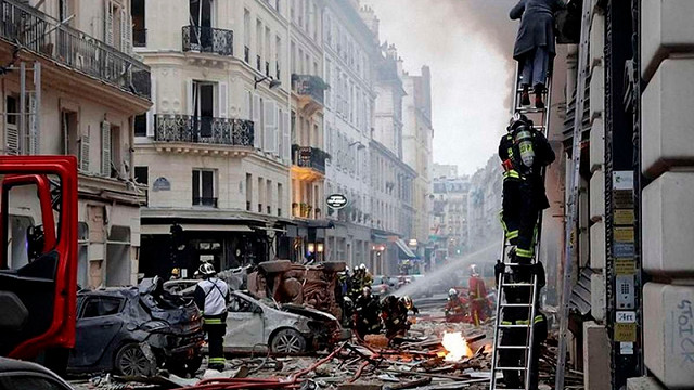 Внаслідок вибуху в пекарні в центрі Парижа постраждав українець