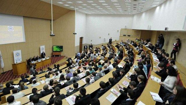 Українські ВНЗ необґрунтовано завищують вартість навчання, – Держаудитслужба