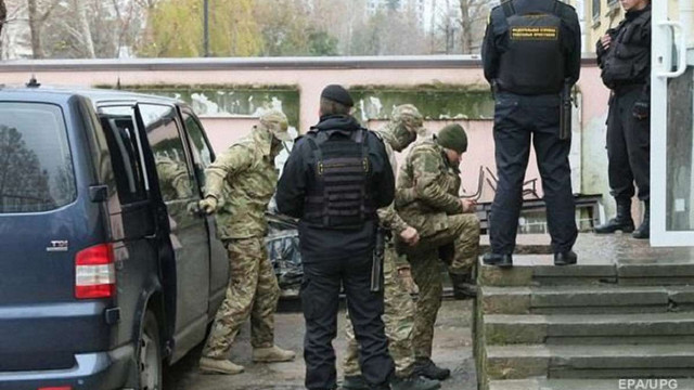 Російський суд продовжив арешт усім 24 військовополоненим українським морякам