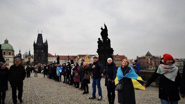 У Празі українці утворили «живий ланцюг» з нагоди Дня соборності України