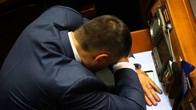 НАЗК розподілило 565 млн грн державного фінансування між парламентськими партіями