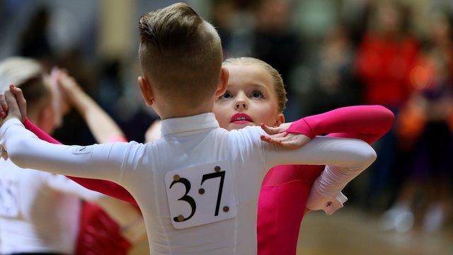 Понад 200 пар взяли участь у змаганнях зі спортивних танців у Львові