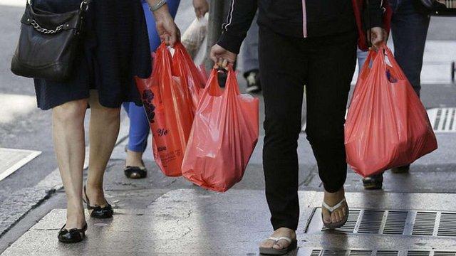Верховна Рада розгляне законопроект щодо заборони пластикових пакетів в Україні