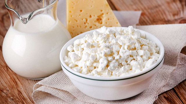 Асоціація виробників молока заявила про збільшення сирного фальсифікату в Україні