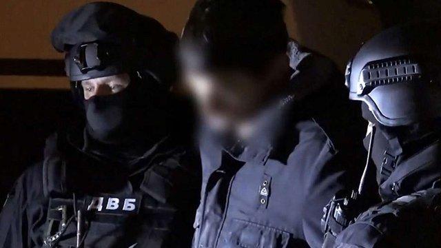 Львівського наркополіцейського відсторонили від роботи за збут наркотиків та вимагання хабара