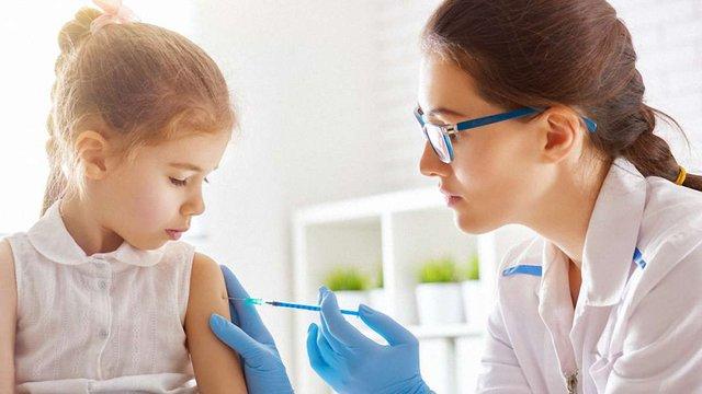Як вакцинувати дитину від кору, якщо є фальшива довідка про щеплення