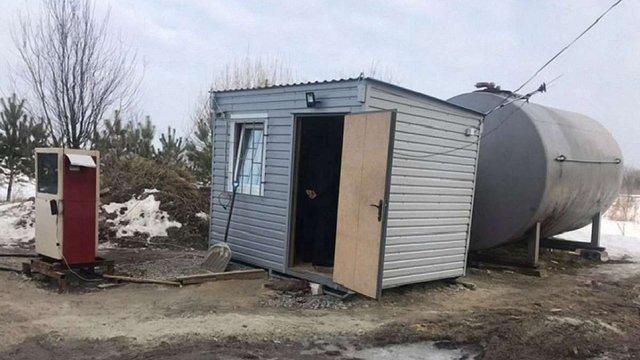 Оперативники ДФС виявили на Львівщині дві нелегальні АЗС