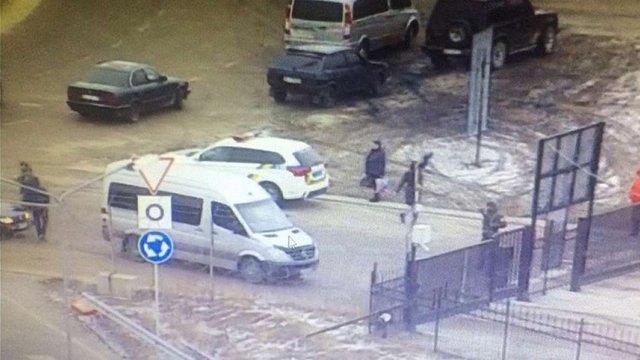 У пункті пропуску «Краківець» двоє громадян України напали на прикордонника