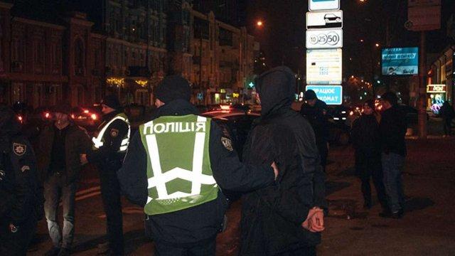 У Києві група іноземців протягом однієї ночі пограбувала чотирьох людей