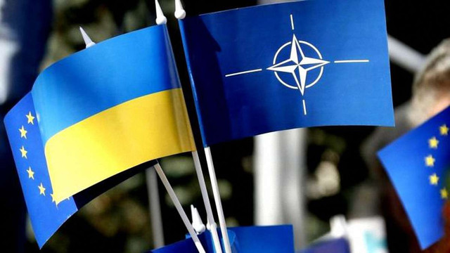 Порошенко схвалив зміни до Конституції щодо курсу України в ЄС і НАТО