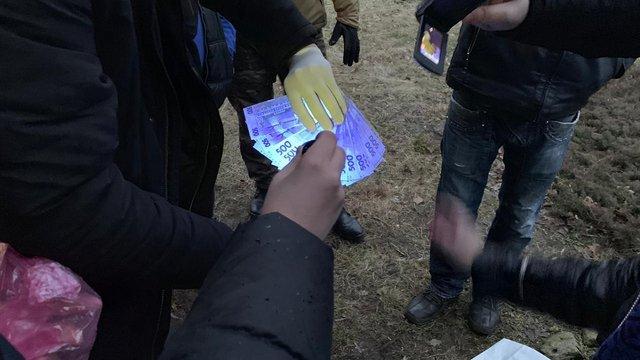 На хабарі 40 тис. грн затримали депутата місцевої ради на Львівщині