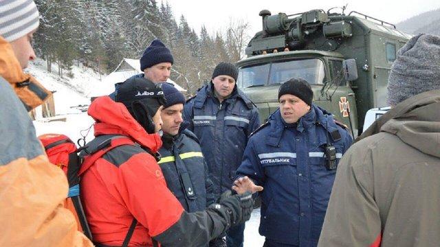У Карпатах відновили операцію з порятунку туристів на горі Піп Іван