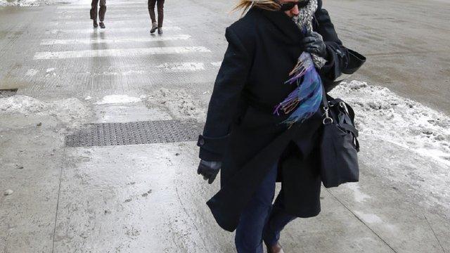 Синоптики повідомили про потепління та сильний вітер найближчими днями