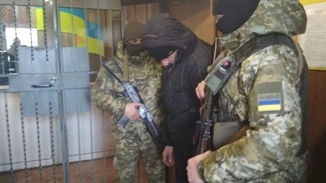 На Донбасі прикордонники затримали бойовика, який у 2014 році охороняв уламки збитого МН17