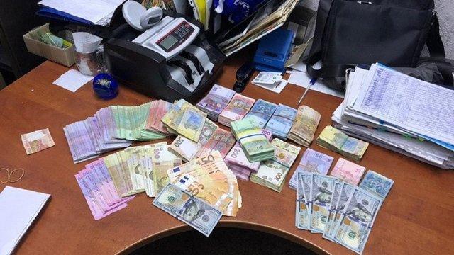 СБУ запідозрила охоронні фірми священика УПЦ МП в несплаті податків