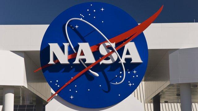 NASA розглядає можливість залучення України до дослідження Місяця